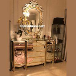 interior furniture mirror