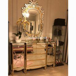 Cermin Dinding Hias